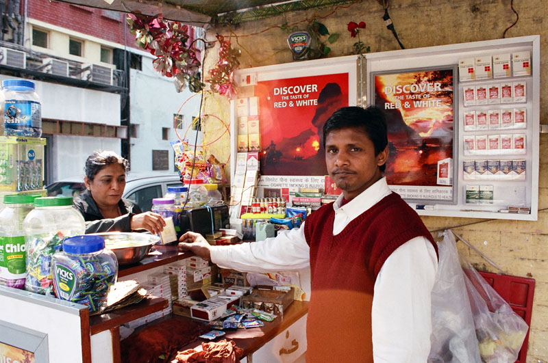 India Mulls Crackdown on Tobacco