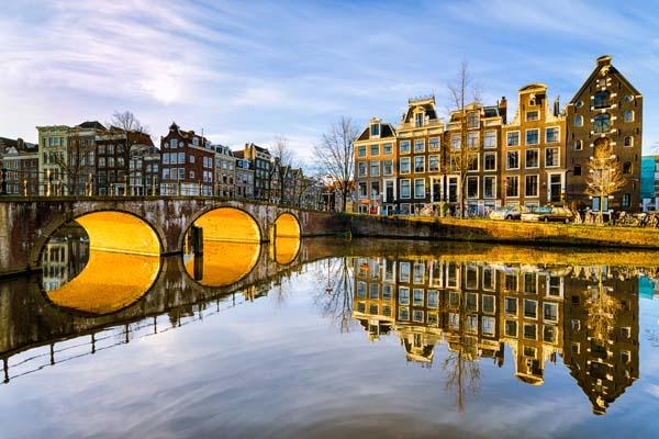 Netherlands Mandates Plain Packaging