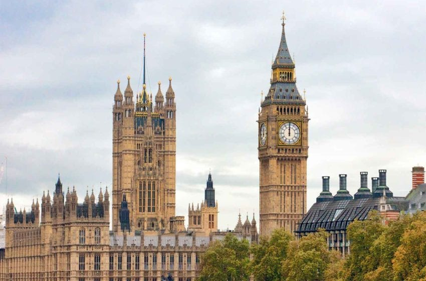 U.K. Urged to End Tobacco 'Epidemic'